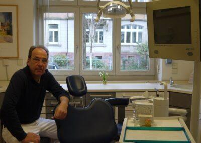 Zahnarzt Dr. Stefan Schoch